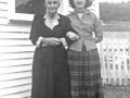 Susanah Smith Tucker and granddau Norma Vey Tucker